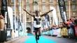 Mustafa Mohamed springer in som segrare i 2019 års upplaga av Ramboll Stockholm Halvmarathon