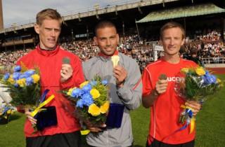 Tre svenskar med fran start